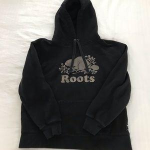 Black roots hoodie